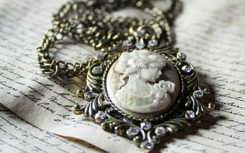 featured image for Estate Sale Jewelry Appraisals